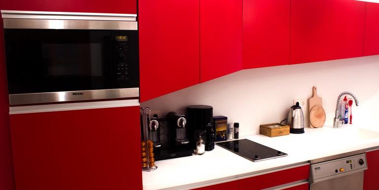 14_Küche mit allen Geräten